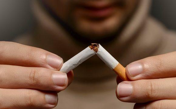 ¿Cómo afecta el tabaco a tu boca y dientes?